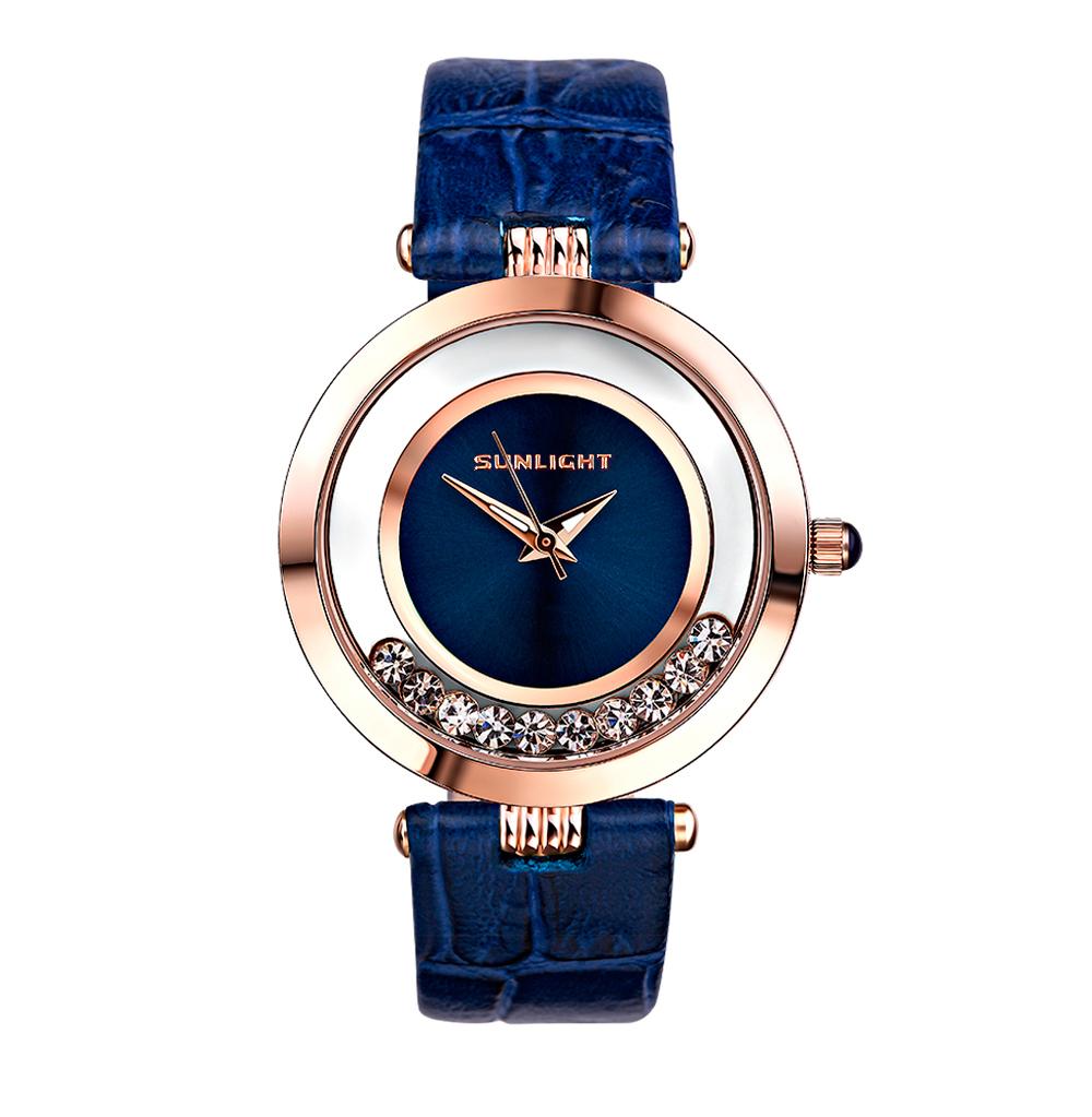 Женские часы с танцующими кристаллами на кожаном ремне