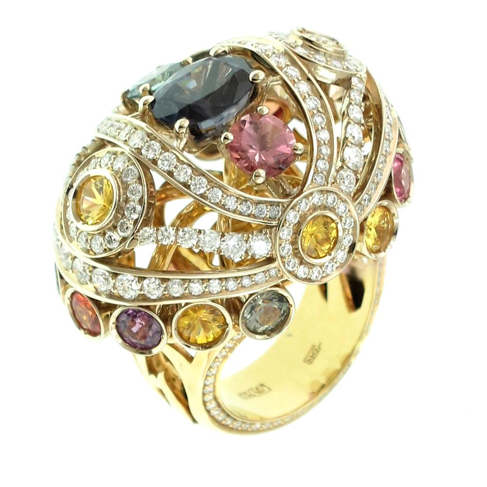 золотое кольцо с турмалинами и бриллиантами