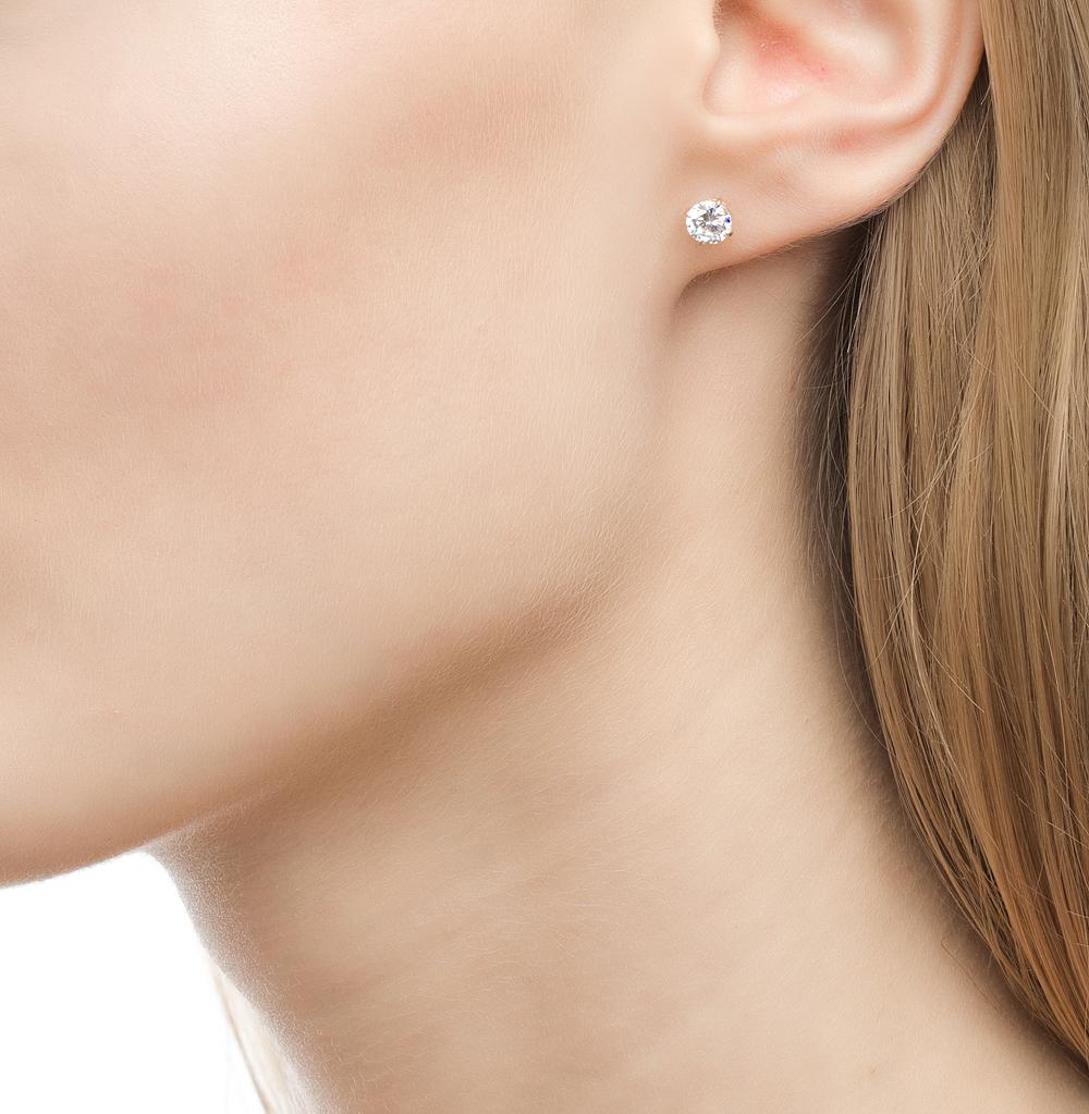 золотые серьги гвоздики фото в ушах петербурге, академии