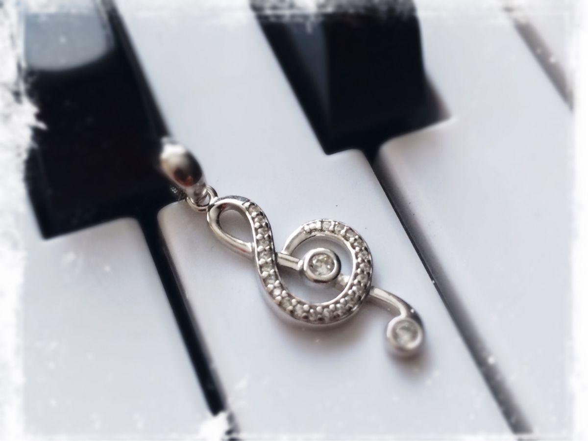 Подвеска «скрипичный ключ»