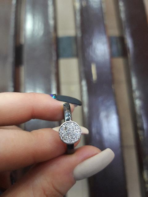 Кольцо с ненадежными камнями