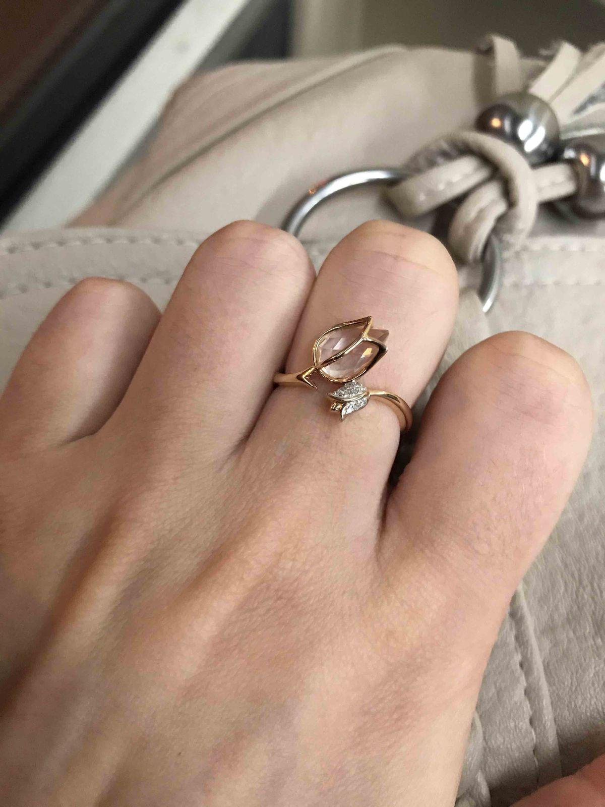 Нежное кольцо с тюльпаны
