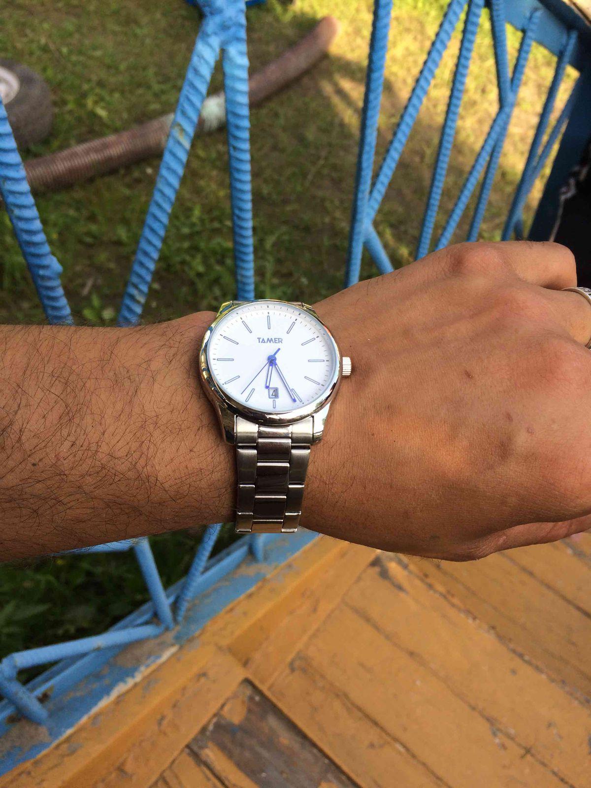 Стильные, легкие часы