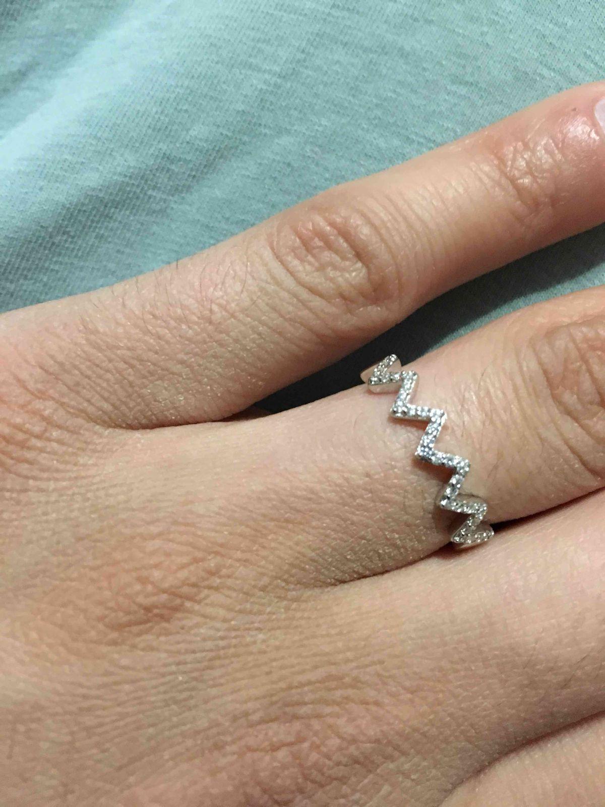 Потрясающее кольцо! Нежное! Красивое! Невероятно милое и притягательное!