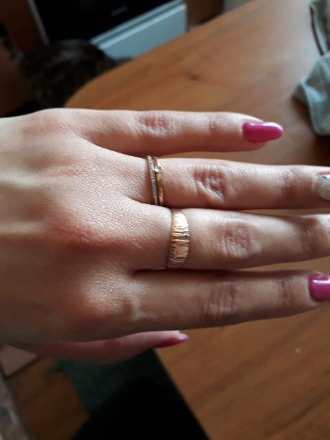 Кольцо с бриллиантиками