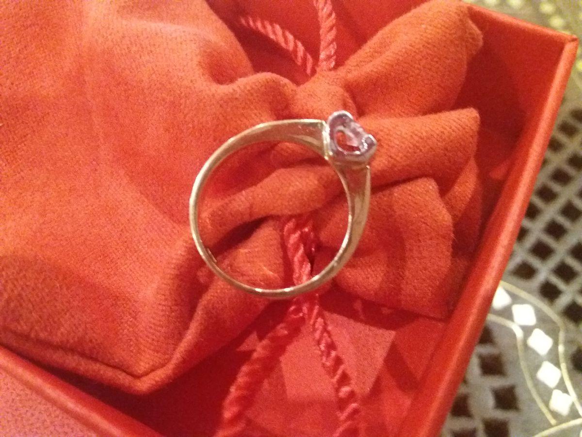 Кольцо сердце с бриллиантом!