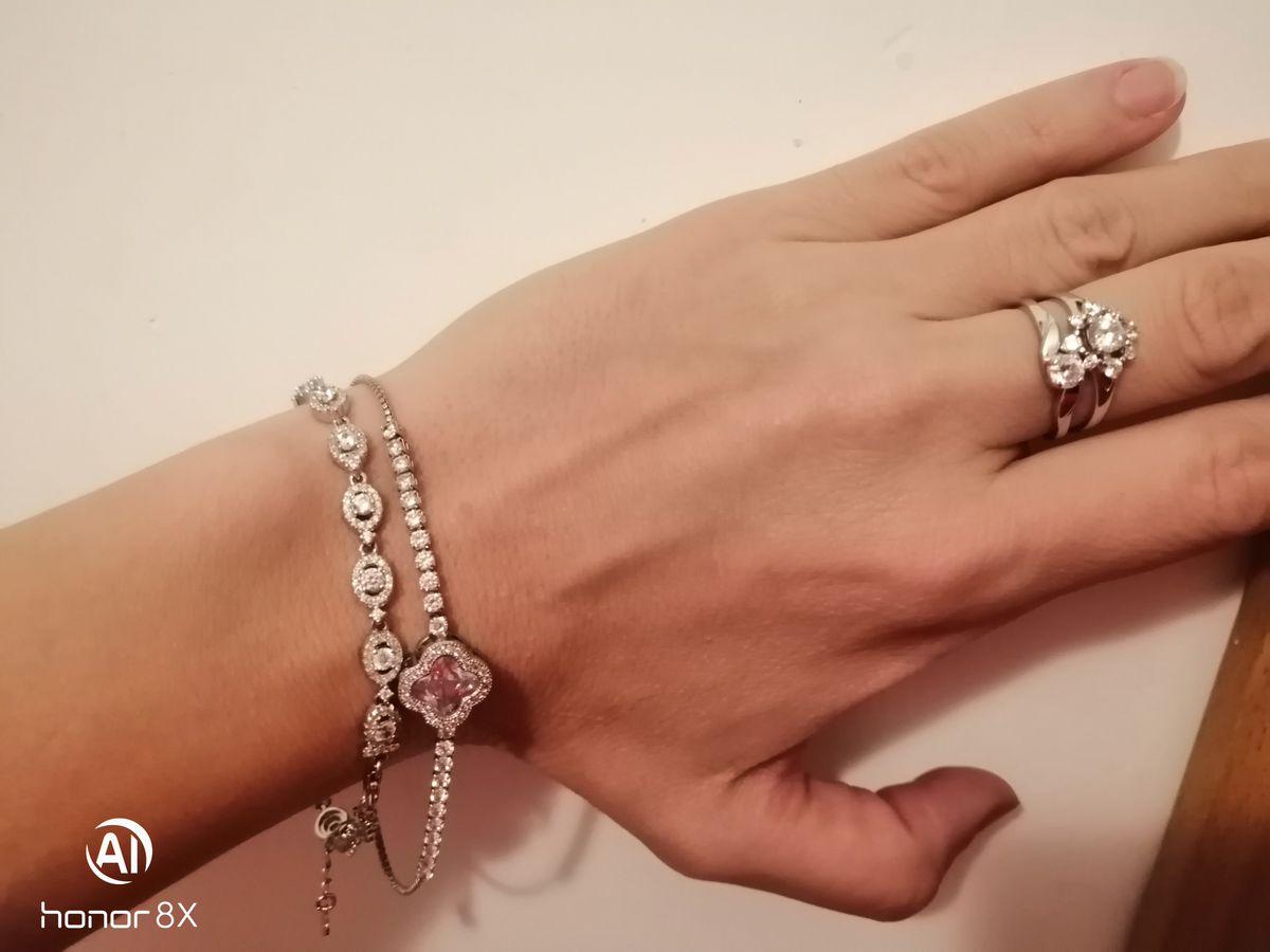 Красивый милый браслет, крепления неплохие, качество металла узнаем позже)