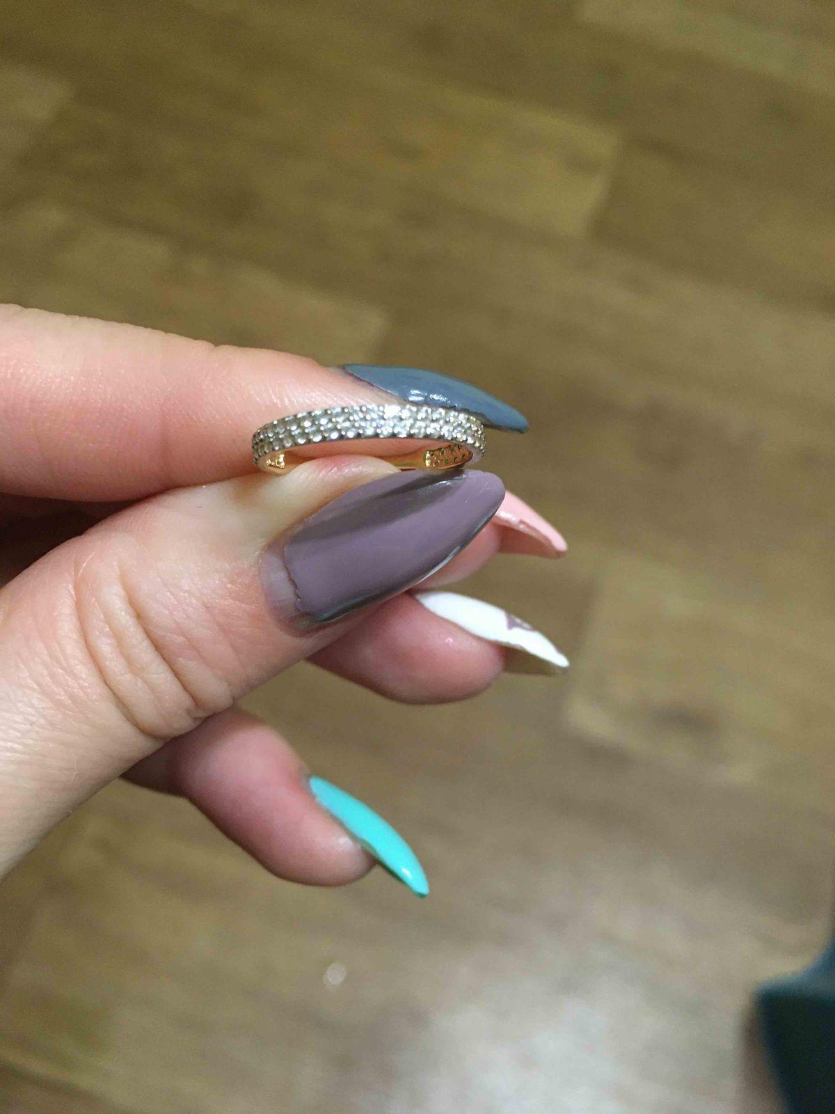 Кольцо 15 размер.