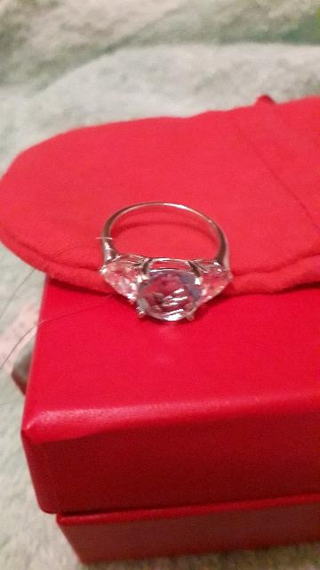 Кольцо с тапазом