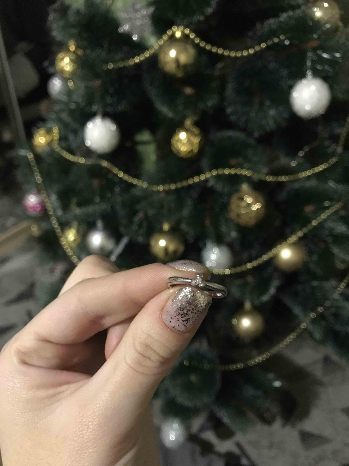 Серебренное кольцо с бриллиантом