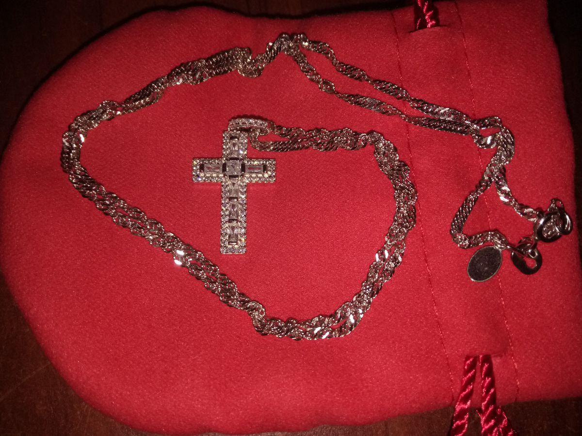 Серебряный крести