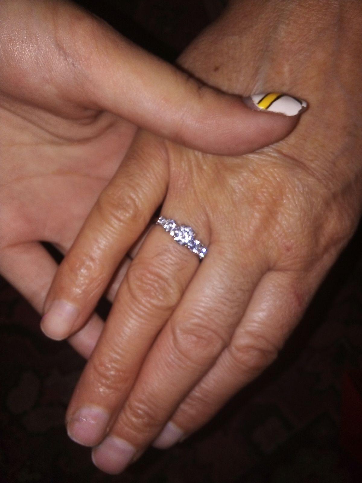 Прекрасное кольцо, маме понравилось