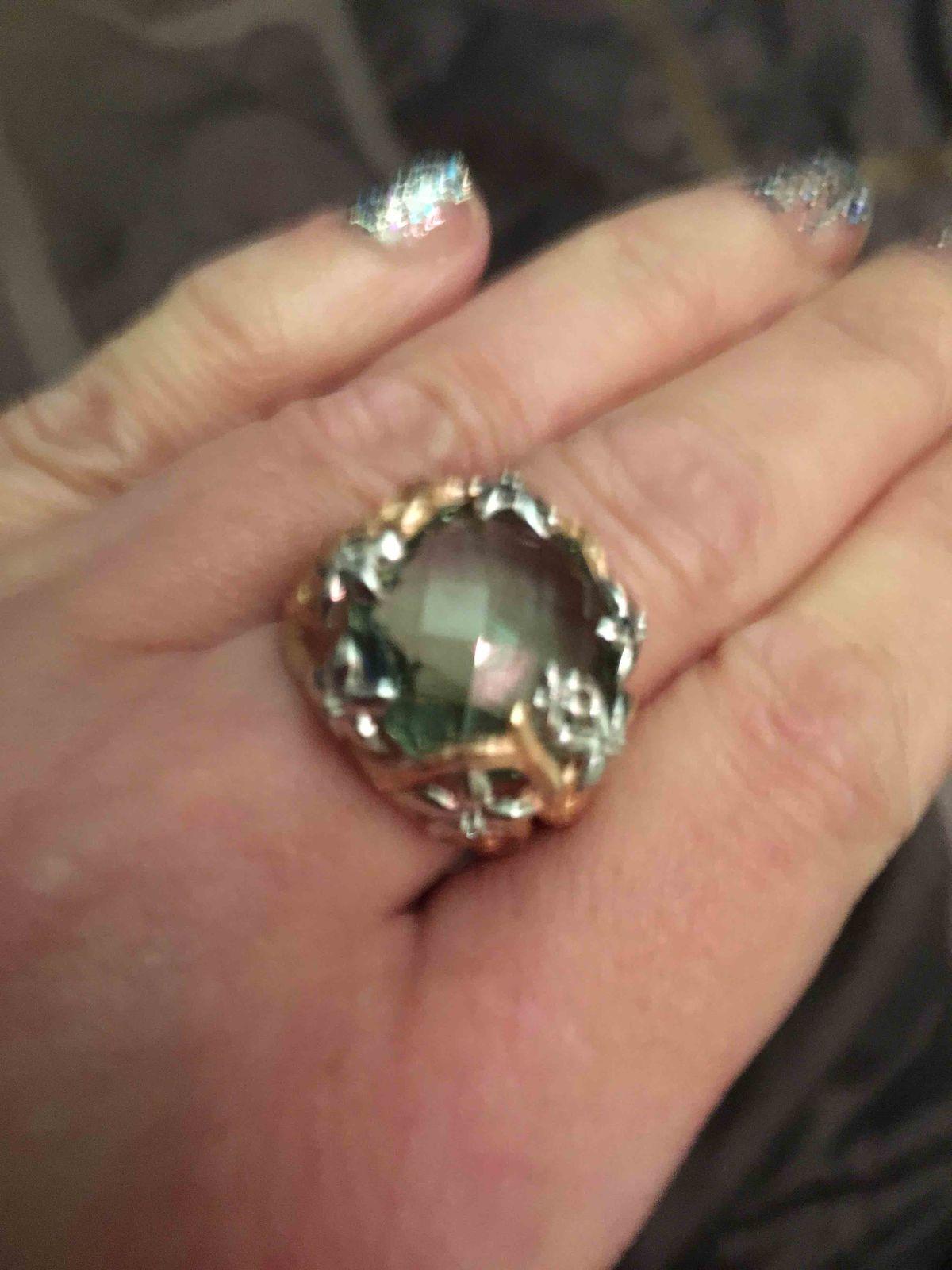 Прекрасное кольцо с аметистом !