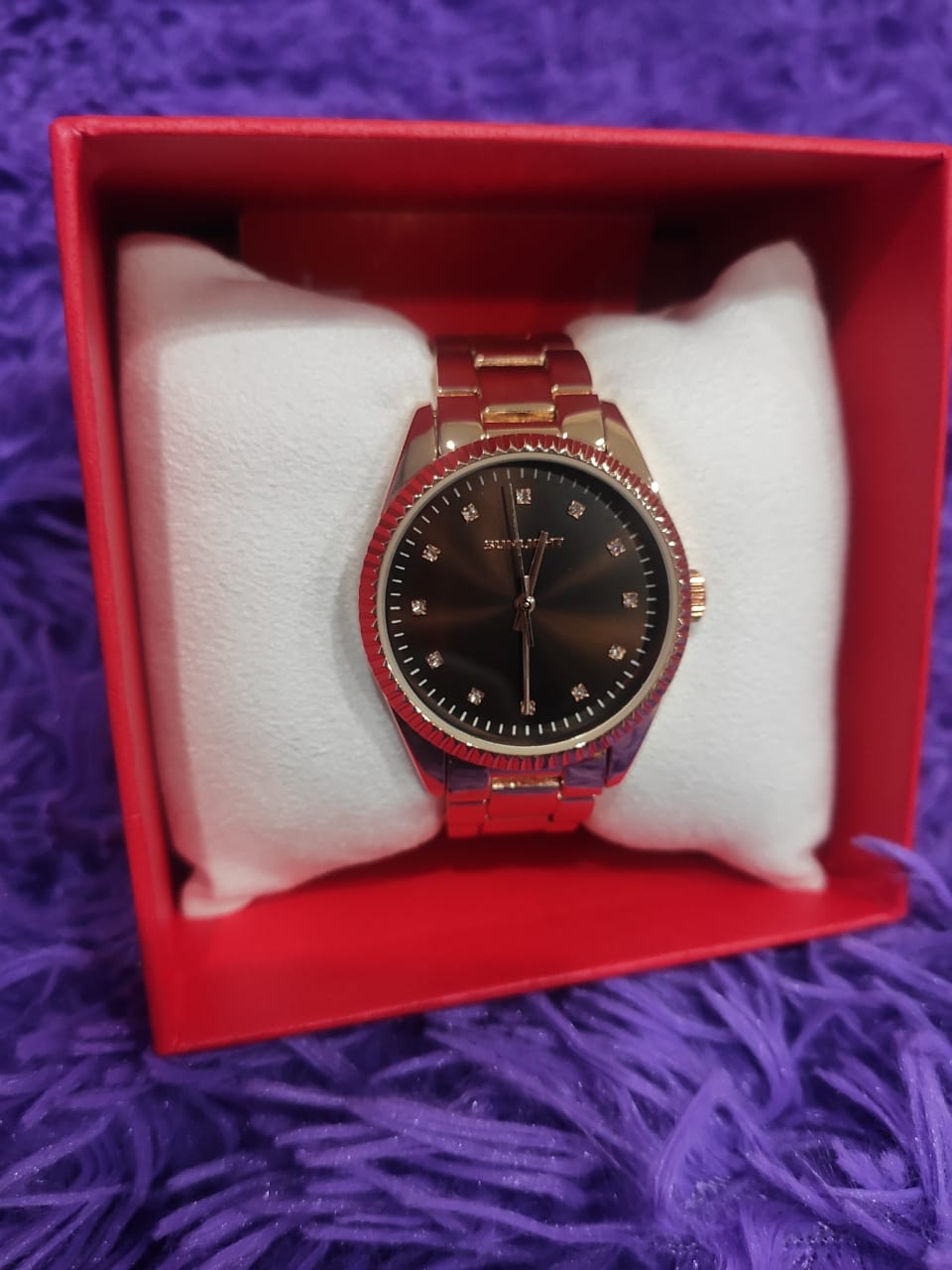 Отличные наручные женские часы