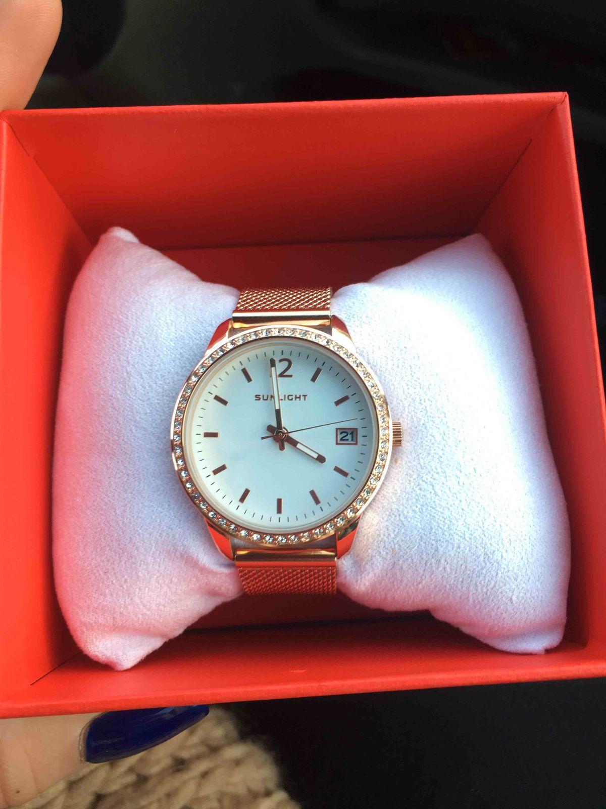 Шикарные часы 😍😍😍
