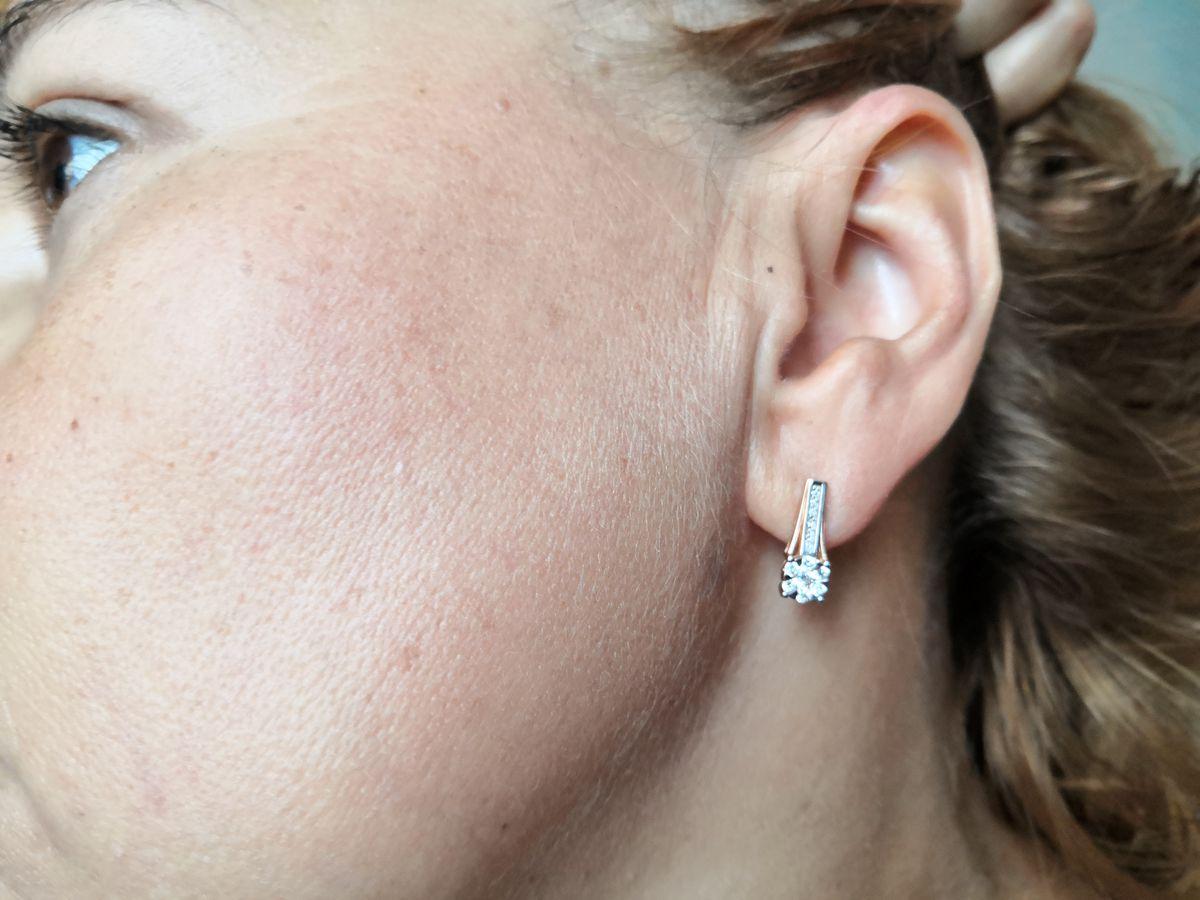 Серьги с вставками из бриллианта