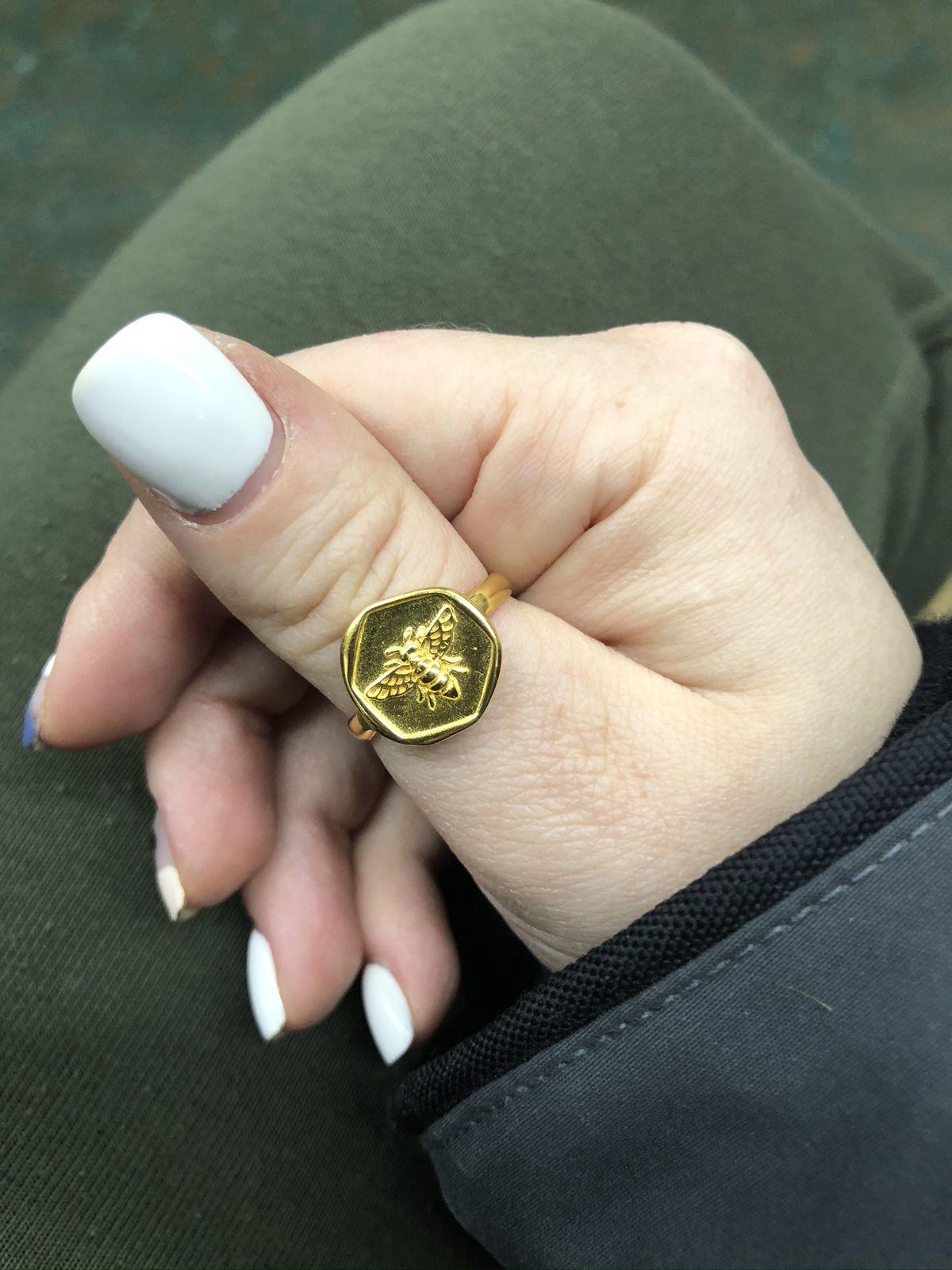 Красивое и недорогое кольцо