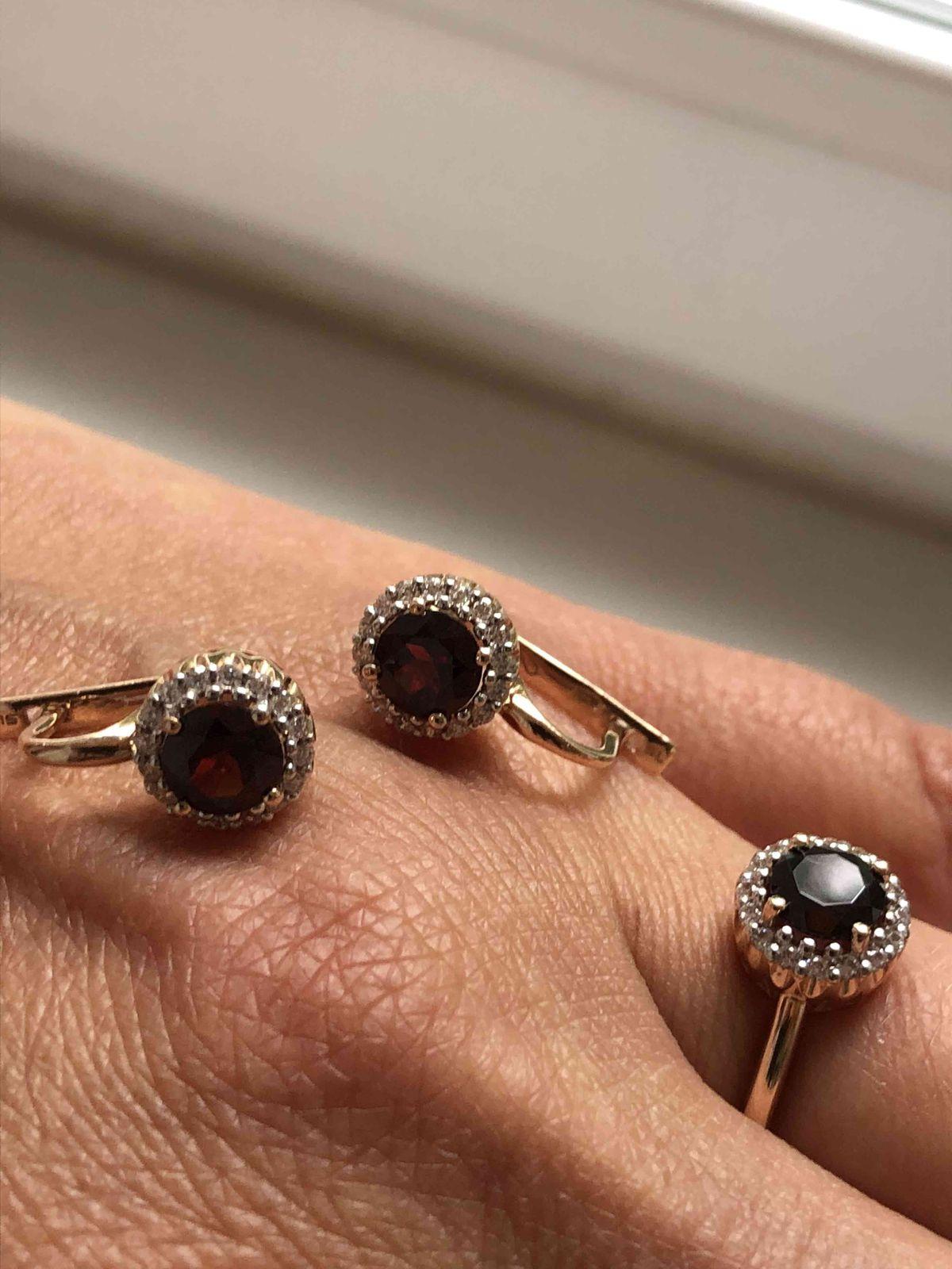 Отличные серьги и кольцо