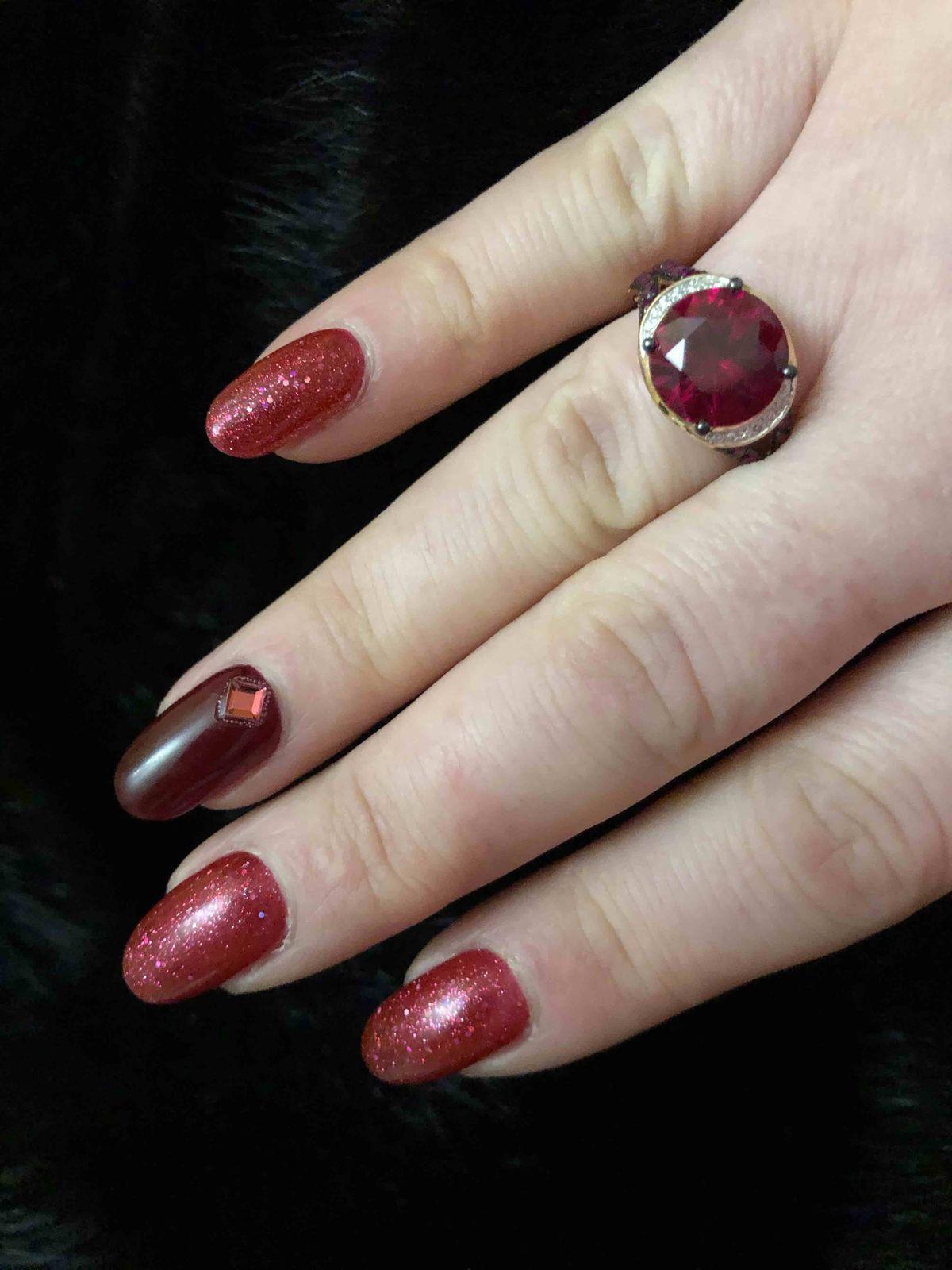 Великолепное кольцо с рубином!!!!