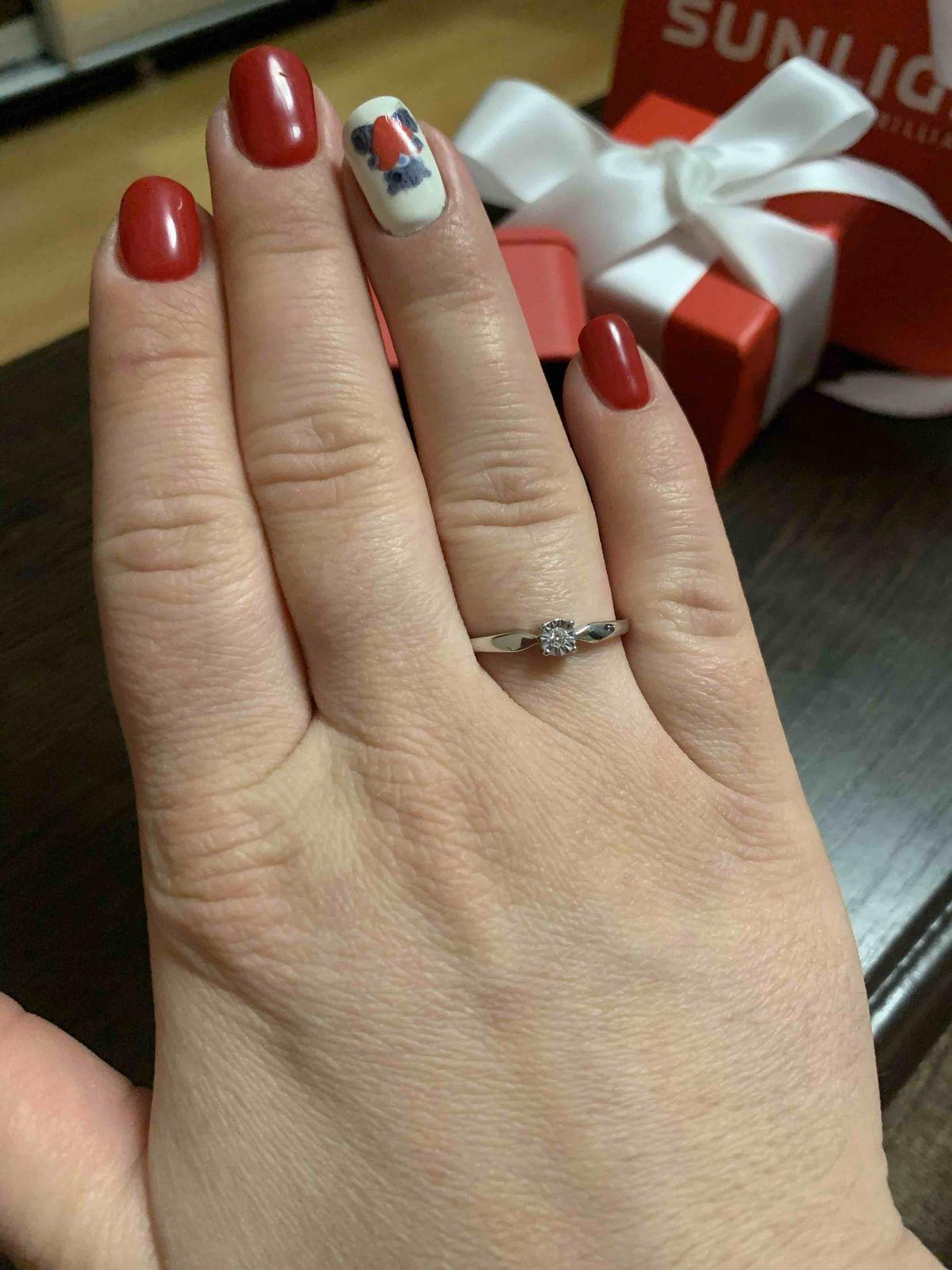 Кольцо любимой на 8 марта