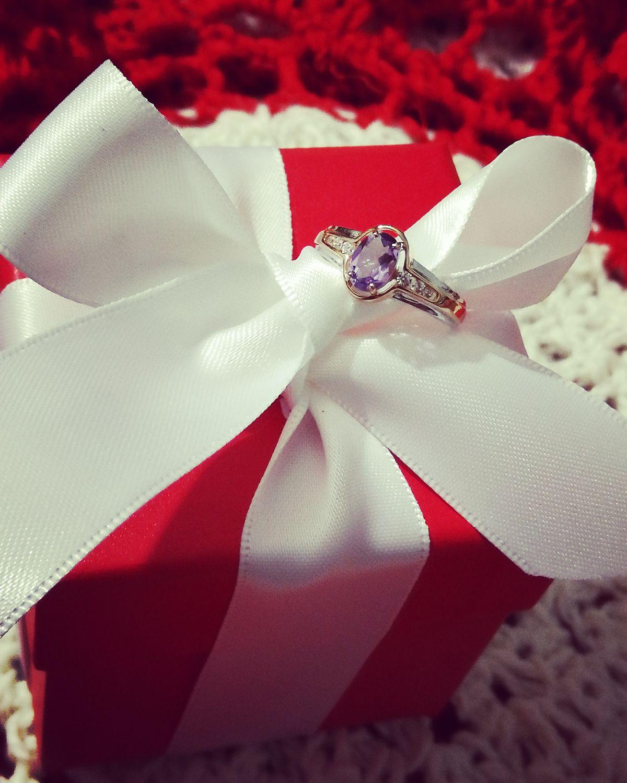 Подарочек!))