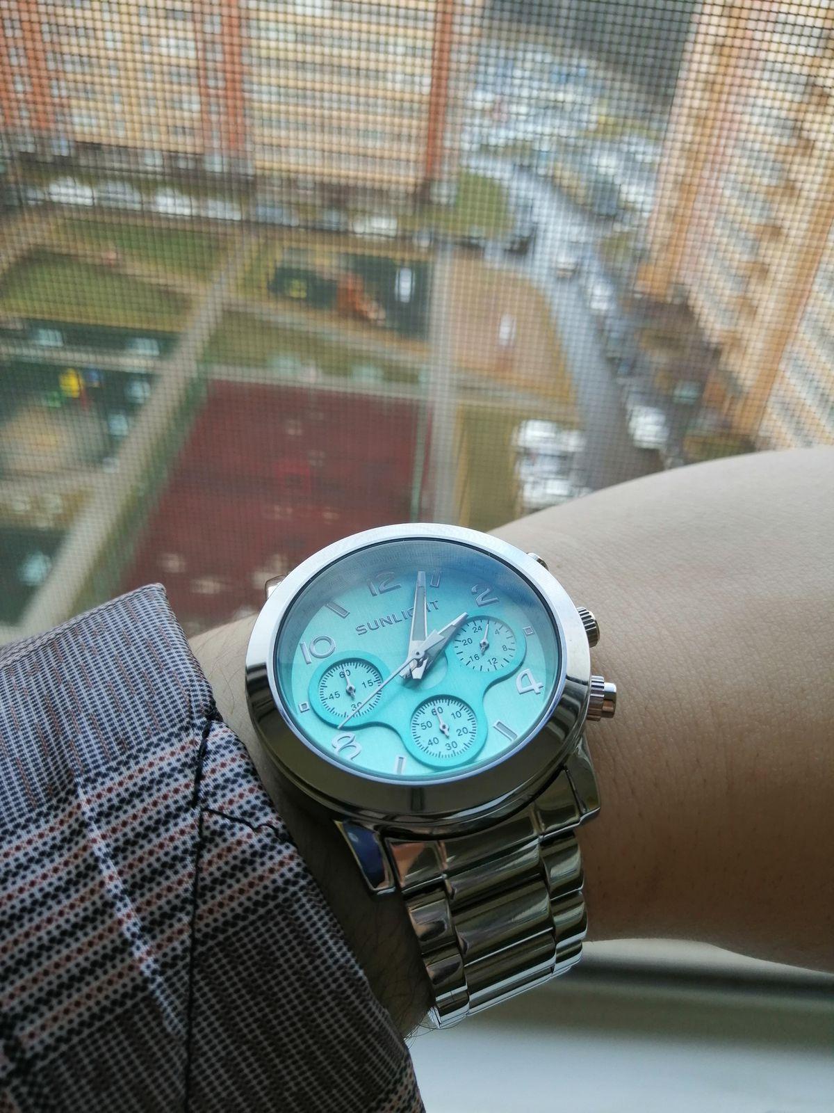 Часы великолепно смотрятся на руке☺️