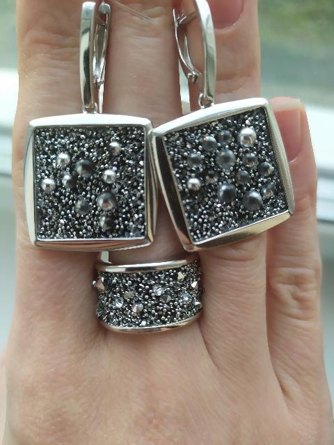 Очень красивое и оригинальное кольцо