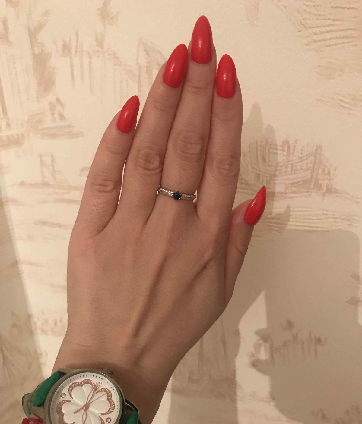 Подарила себе прекрасное кольцо