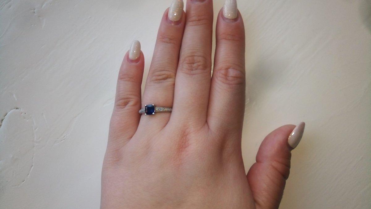 Белое золото, сапфир + бриллианты