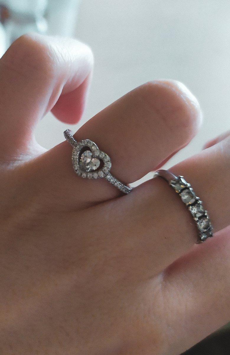 Серебряное кольцо с фианитами 😻