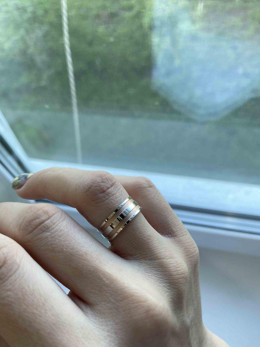 Обручальное красивое кольцо 👍
