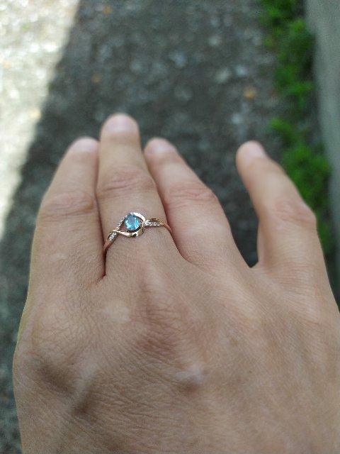Кольцо очень милое, размеру соответствует, аккуратно смотрится, рекомендую