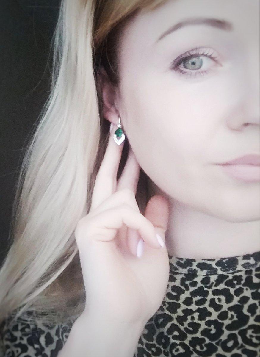 Зеленоглазые, это сережки для вас)