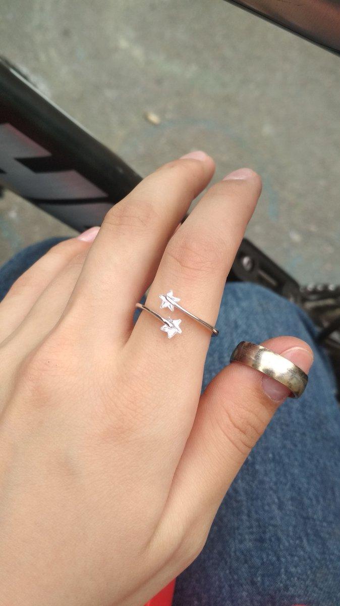 Очаровательное прелестное кольцо
