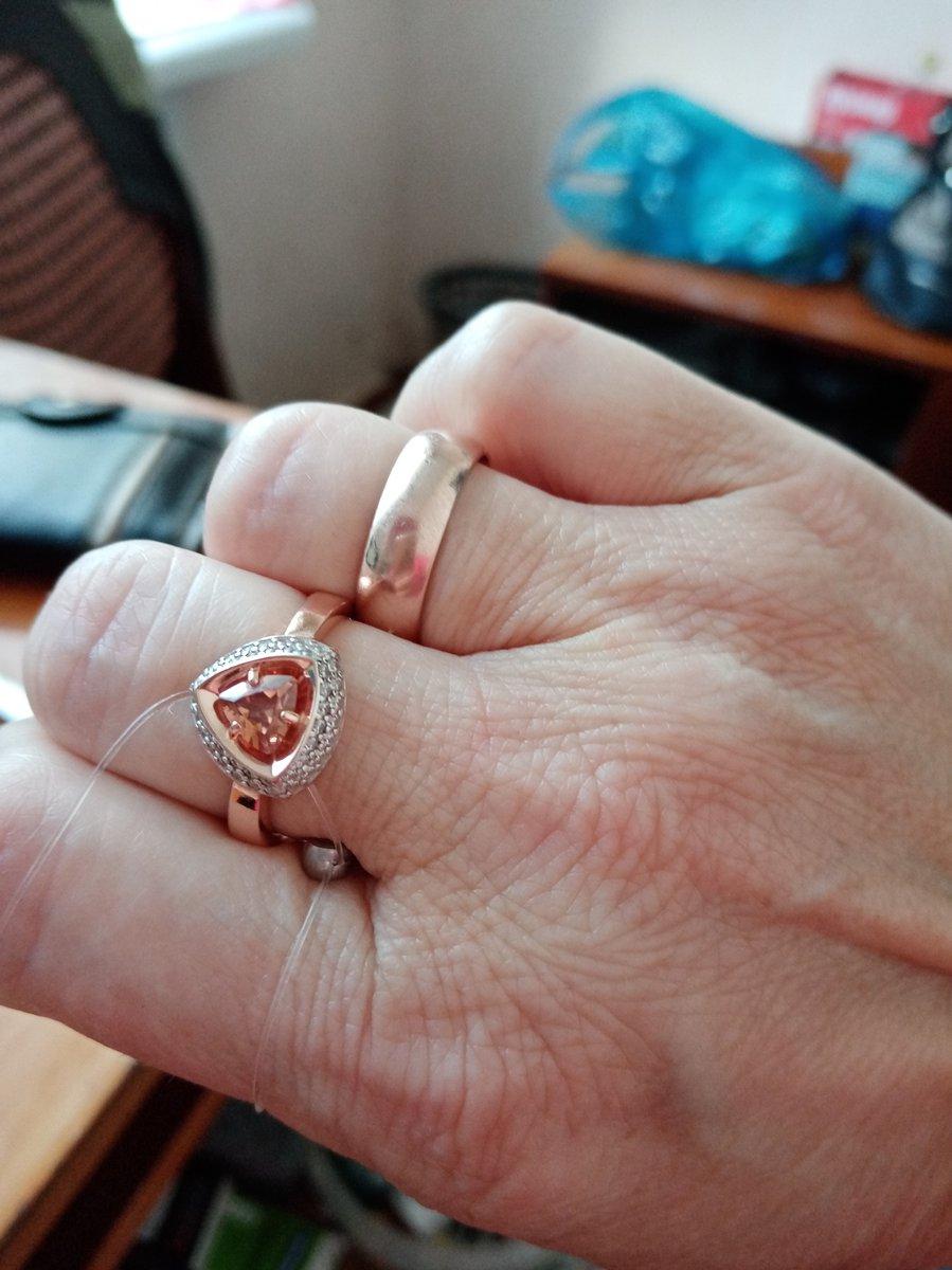 Шикарное кольцо!!!!!