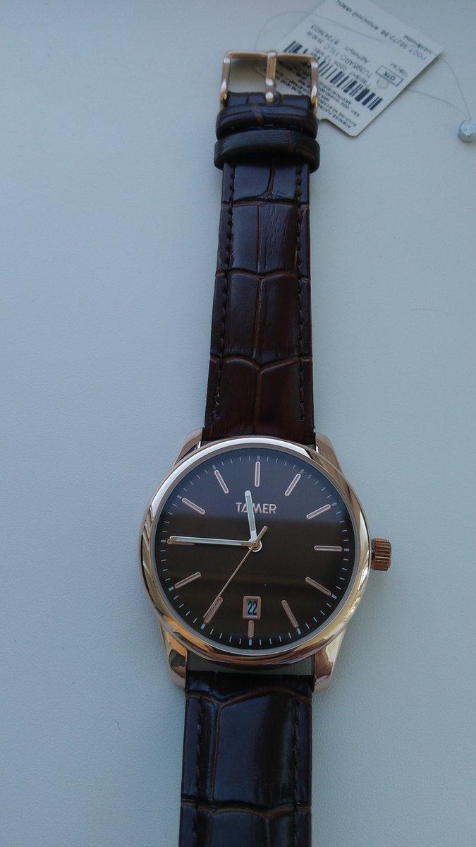 Красивые и шикарные часы.