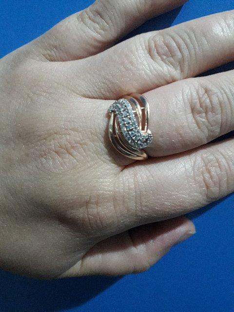 Серебрянное кольцо.быстрая доставка