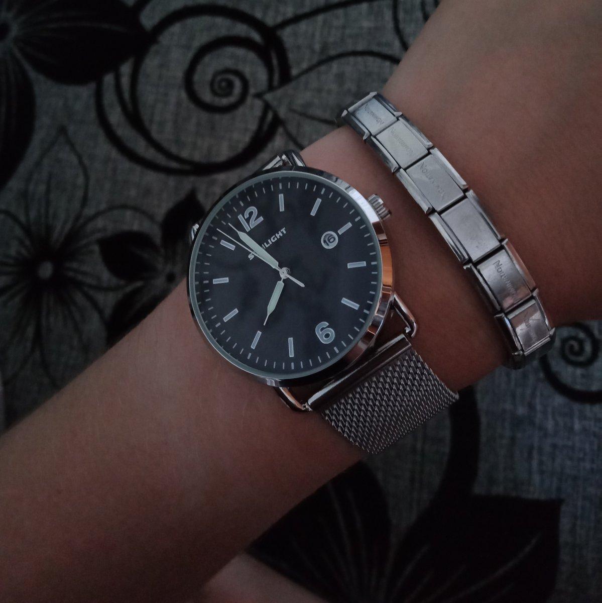Супер классные часы