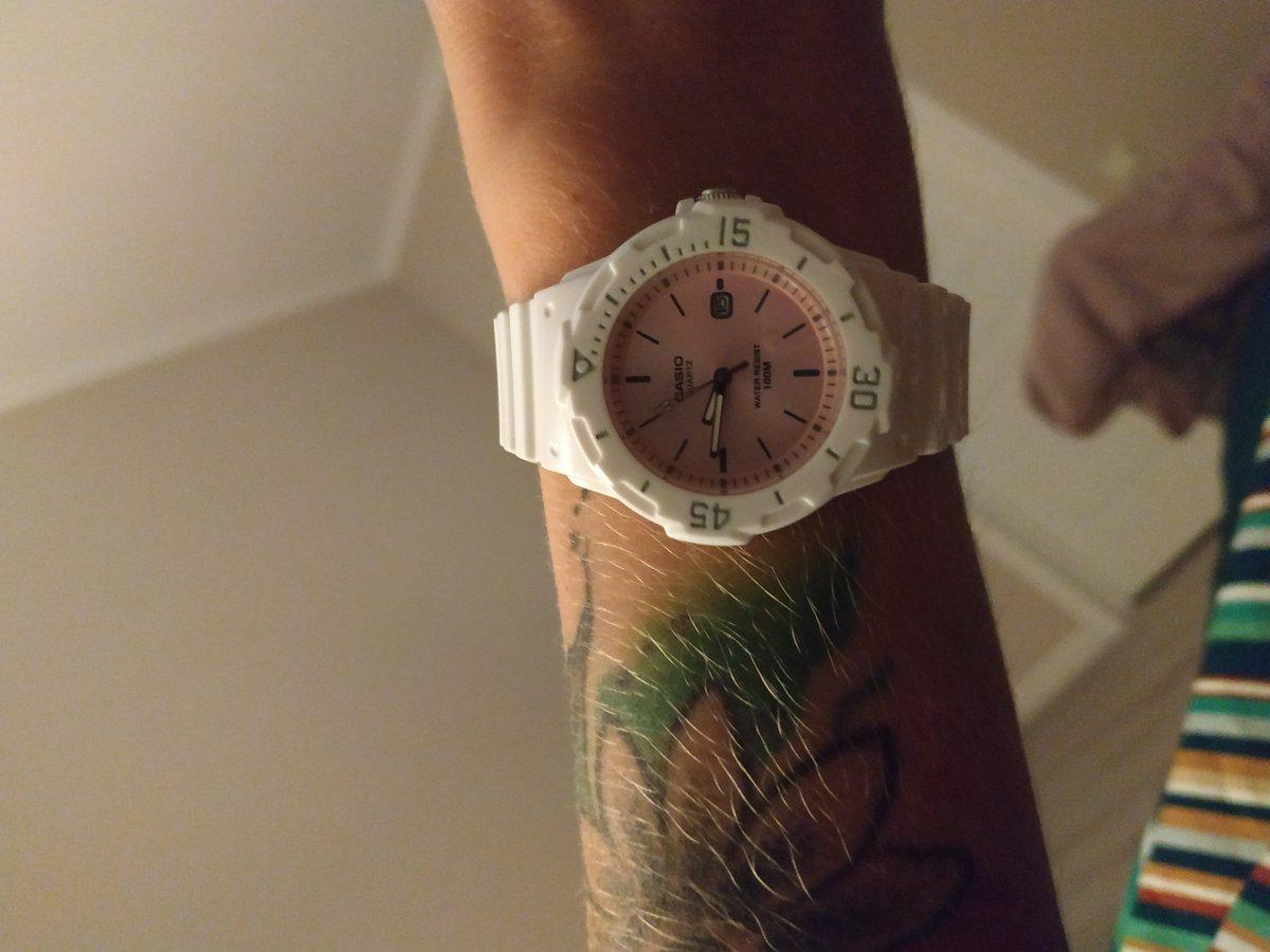 Красивые часы оригинал