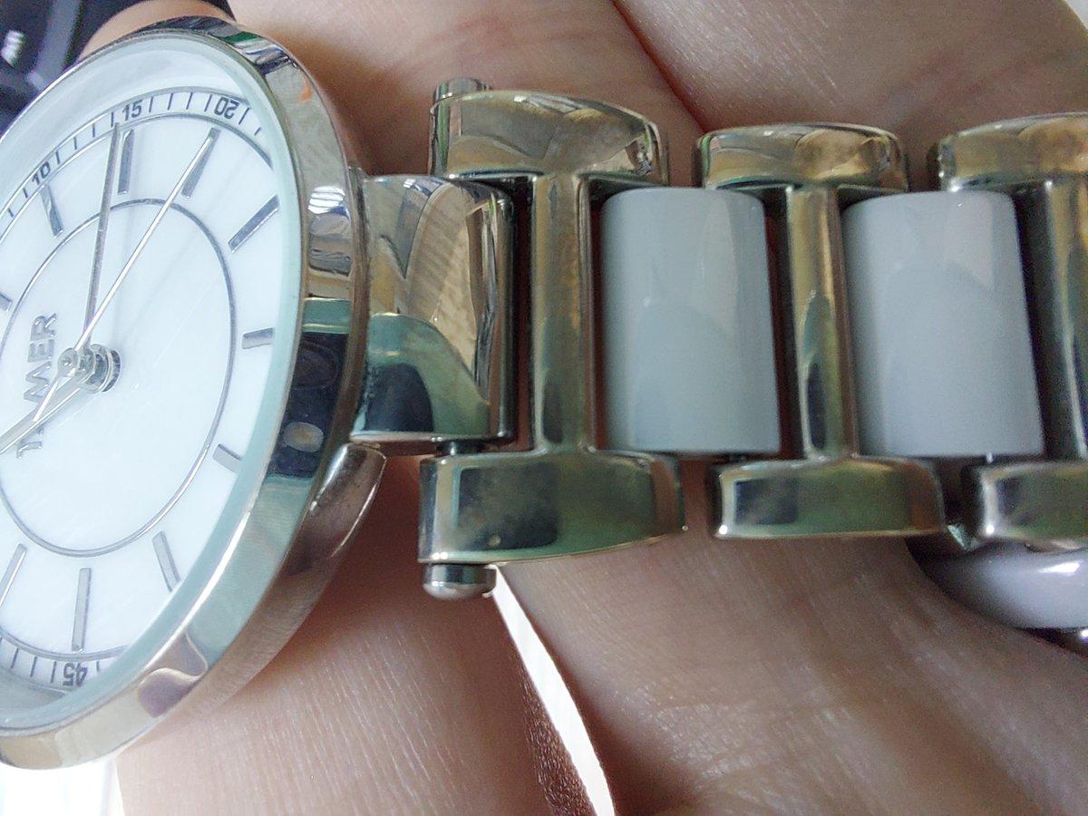 Часы со вставками керамики