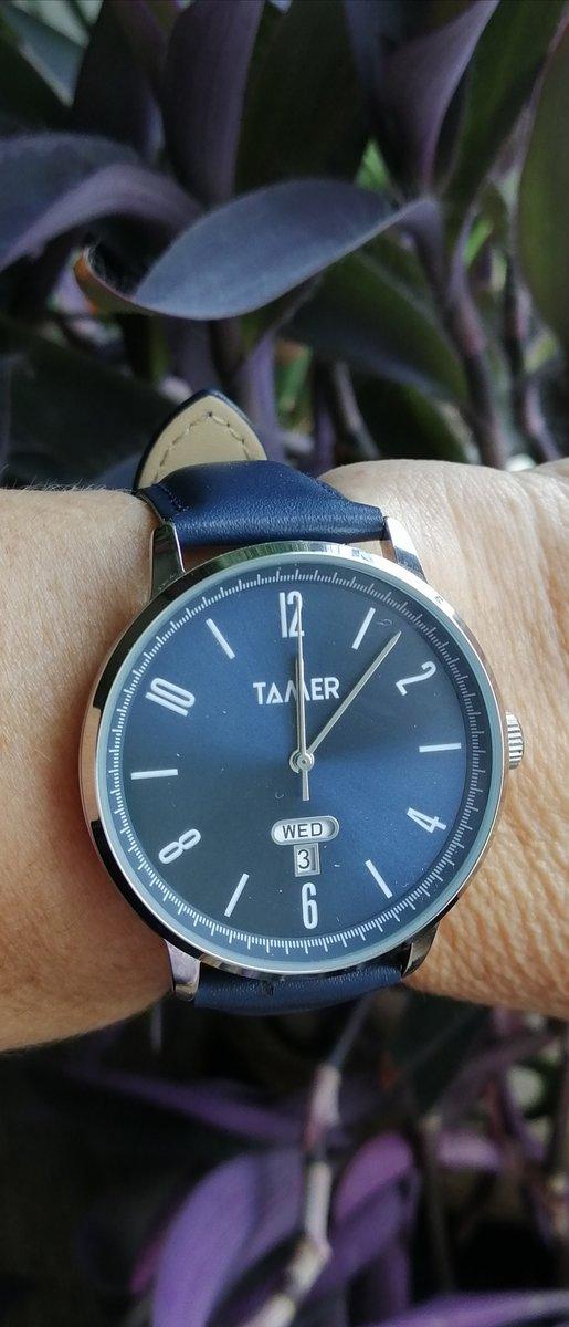 Часы женские Tamer, глубокого синего цвета, циферблат с эффектом перламутра