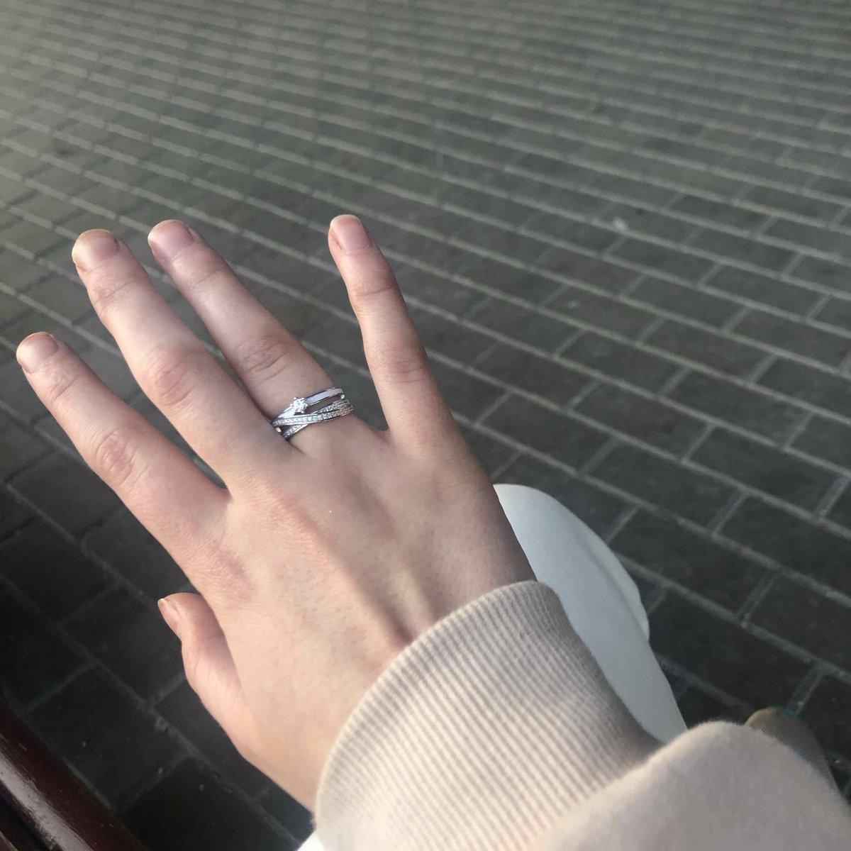 Купила серебряное колечко в магазине sunlight
