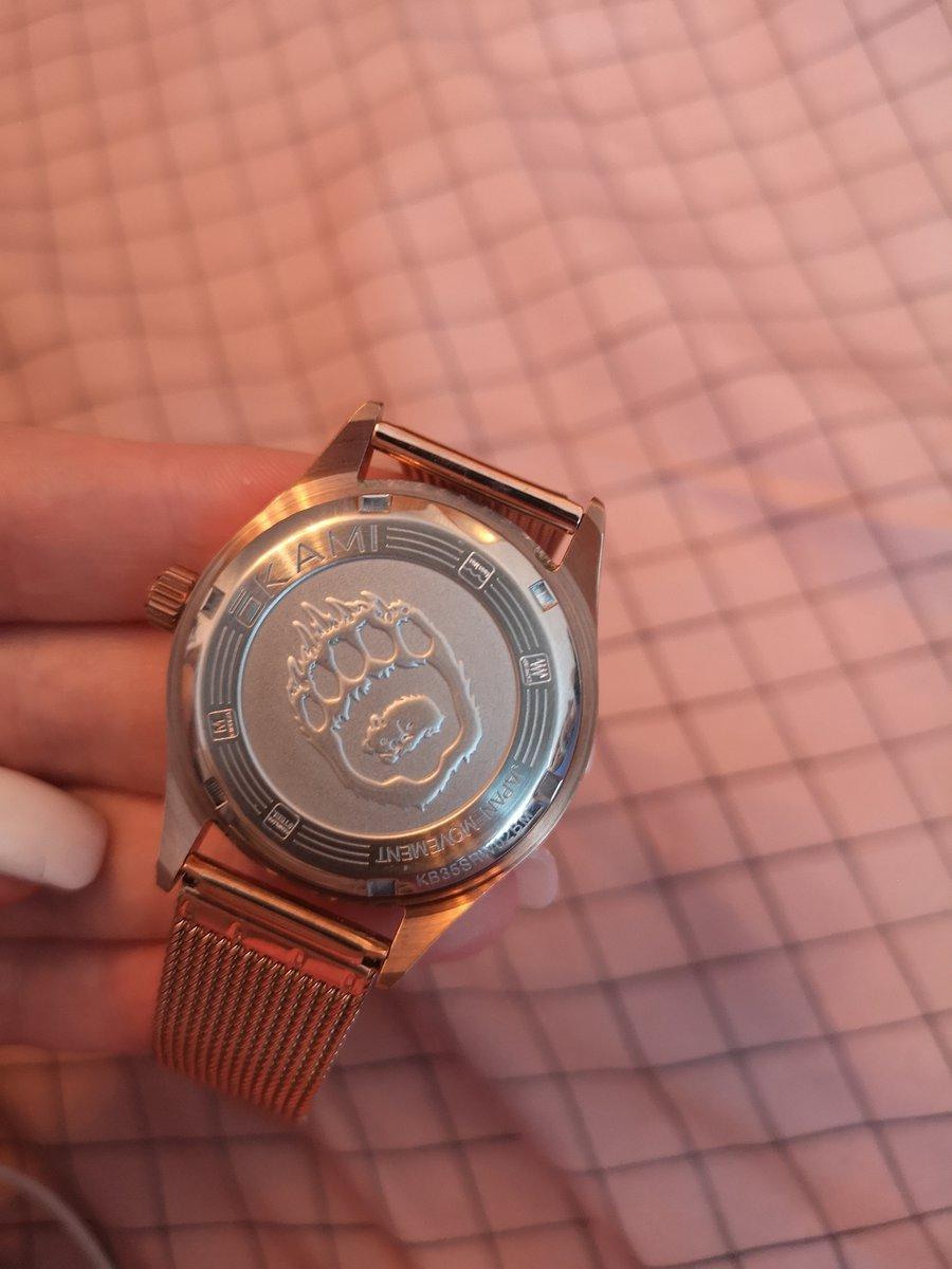 Очень крутые часы)))