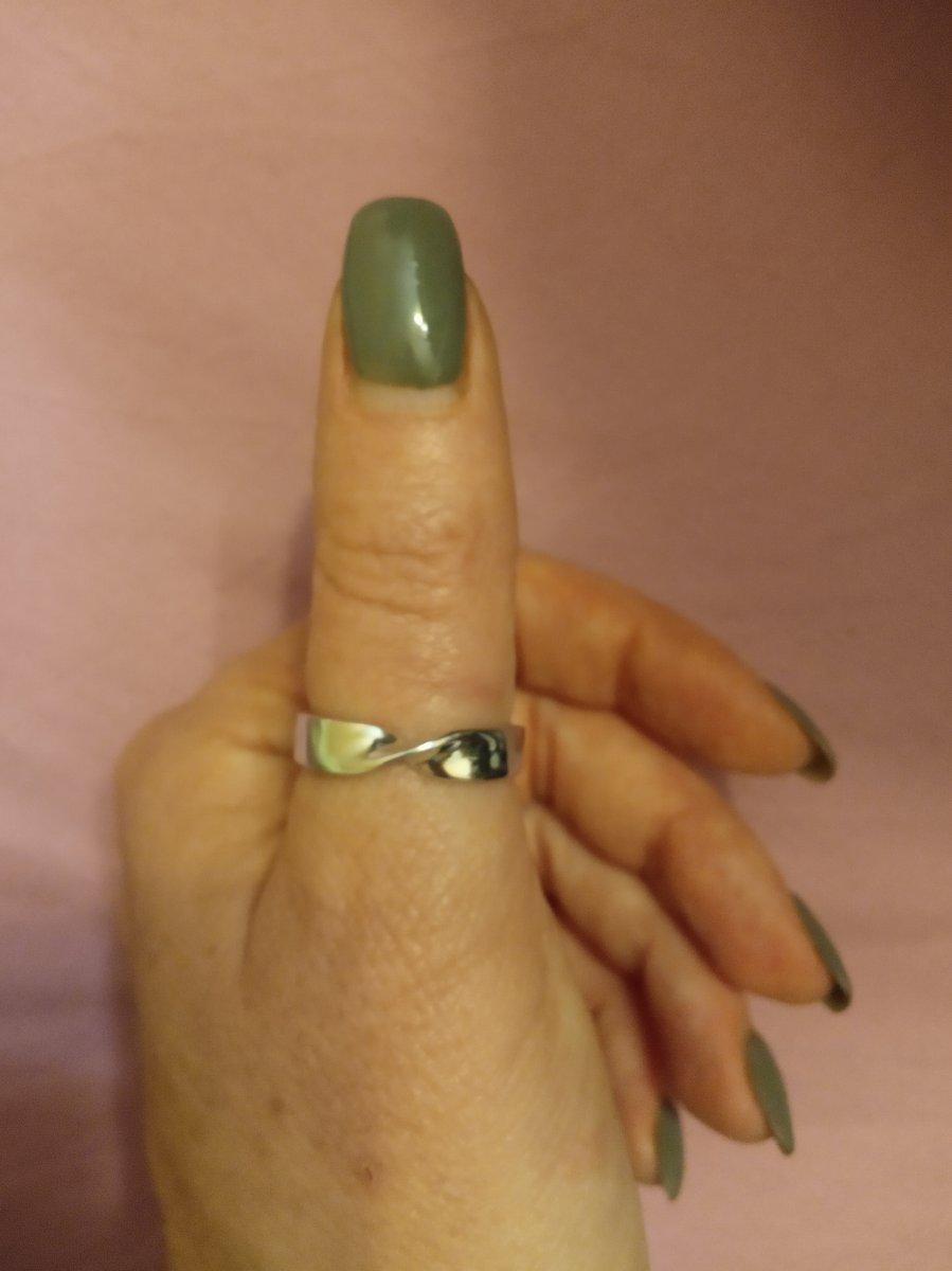 Красивое кольцо на большой палец