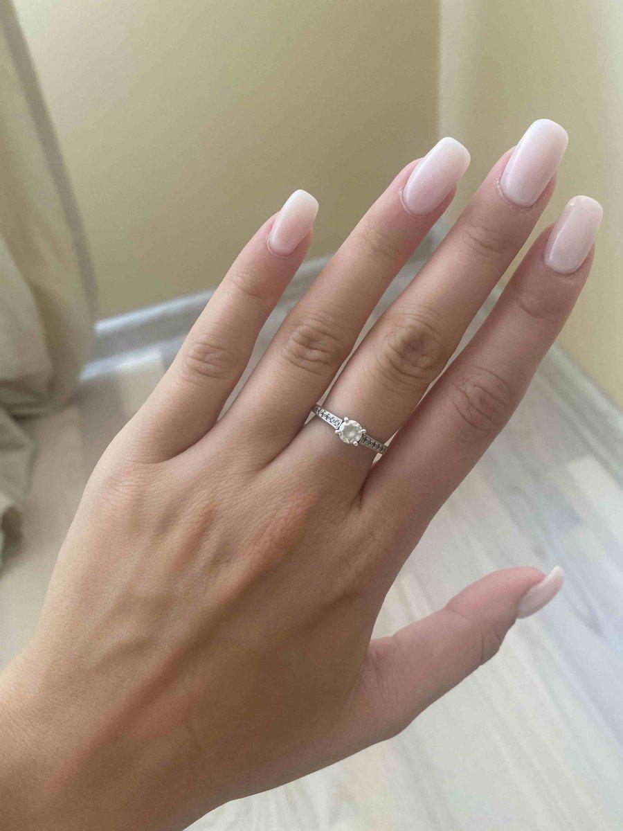 Ношу кольцо уже года два