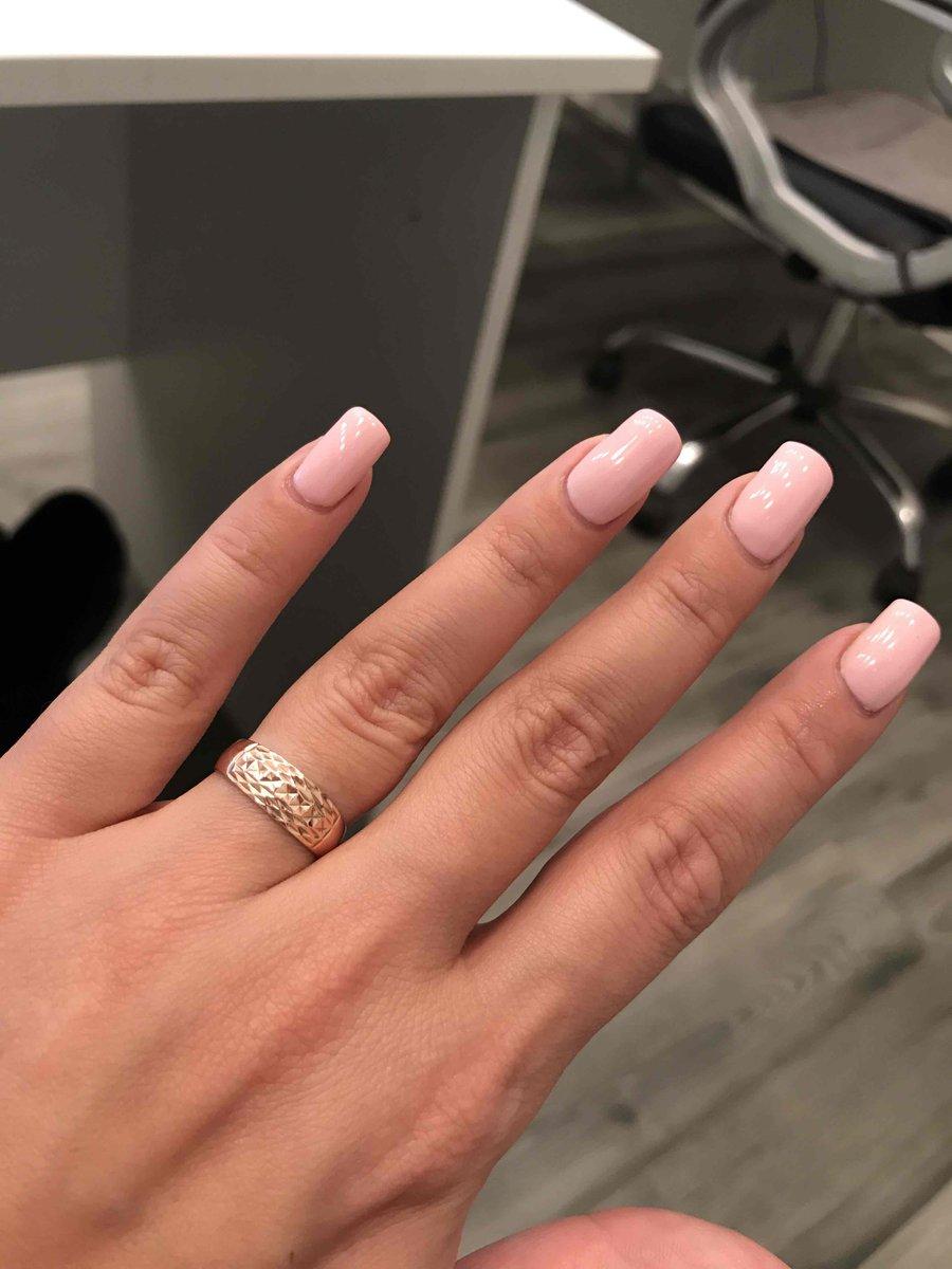 Очень красивое кольцо)ношу не снимая)))