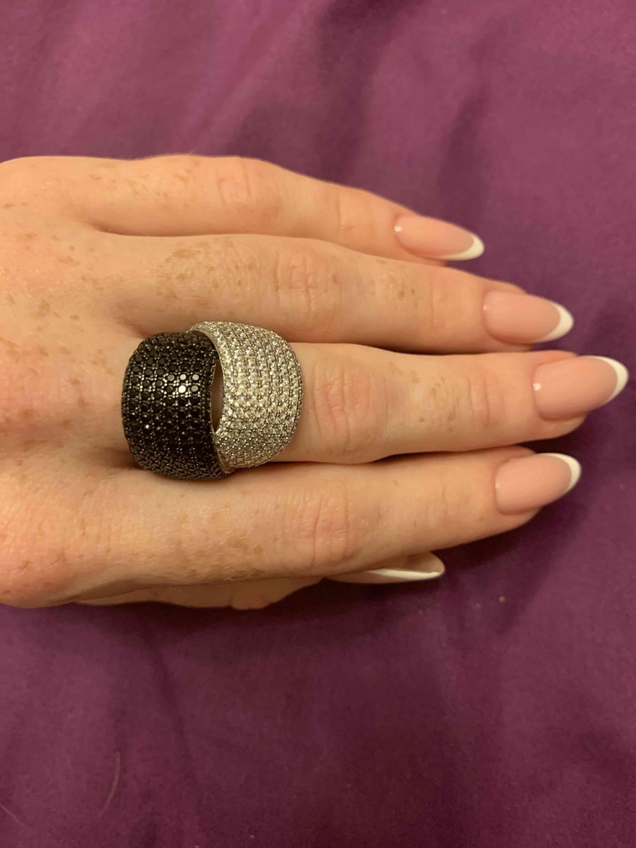 Очень красивое кольцо на вечер!