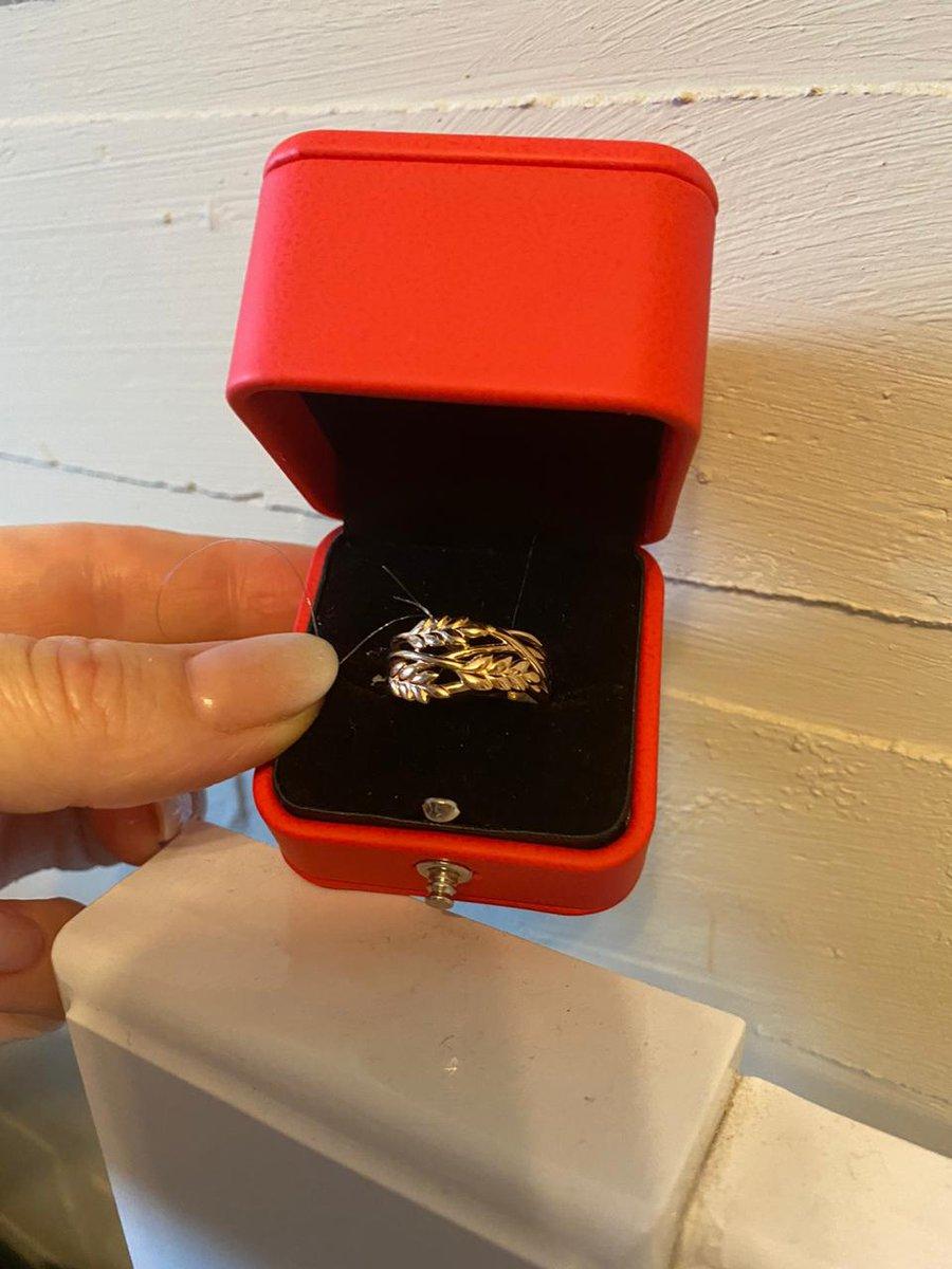 Кольцо просто супер, дочь довольна