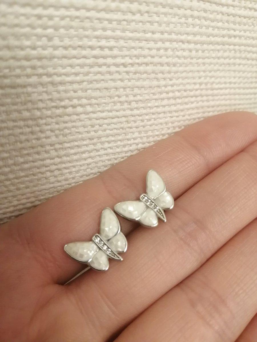 Серьги в виде бабочек