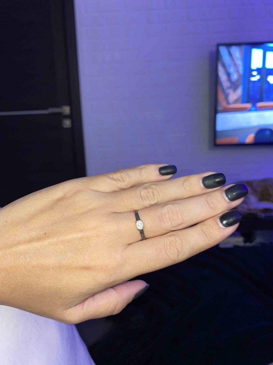 Кольцо на каждый день с бриллиантами